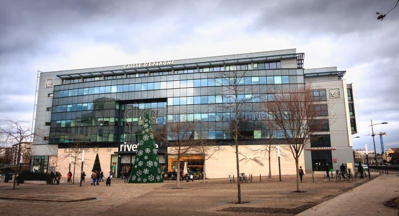 Architecturaal detail van het hoofdkantoor van Societe Generale Grote Est Europa royalty-vrije stock foto's
