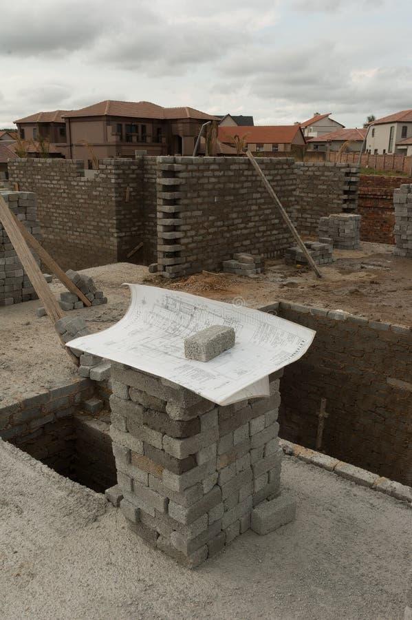 Architecturale de bouwplannen op plaats royalty-vrije stock fotografie