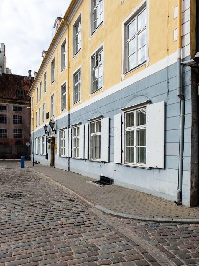 Download Architecturale Details Van Oud Stadscentrum In Riga, Letland Stock Afbeelding - Afbeelding bestaande uit bestrating, sloot: 54077469