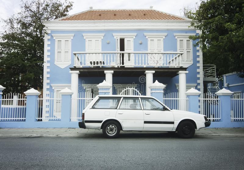 Architecture coloniale dans Willemstad, Curaçao, Antill néerlandais images stock