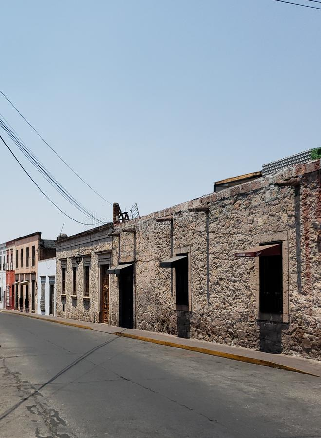 architecture coloniale de style dans la ville de Morelia, Mexique images libres de droits