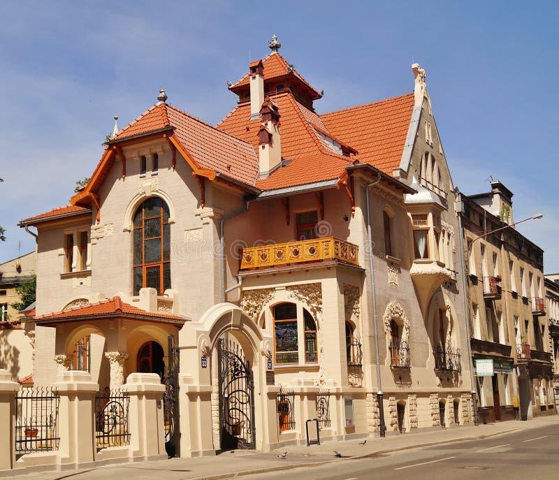 Architecture d 39 art nouveau de la ville lodz pologne photo - Art nouveau architecture de barcelone revisitee ...