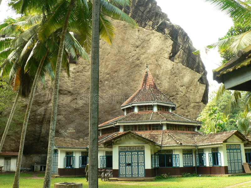 Architecture d'un vieux temple bouddhiste au Sri Lanka photographie stock libre de droits