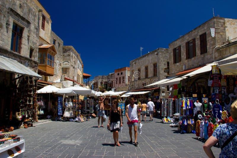 Architecture de bâtiments historiques de l'Europe de voyage de ciel bleu de la Grèce Rhodos photographie stock