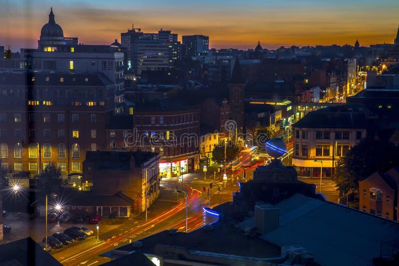 Architecture de centre de la ville de Nottingham au coucher du soleil photos stock
