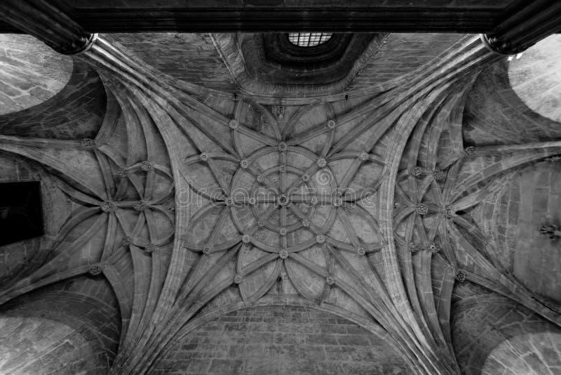 Architecture de dessus de toit en Séville photographie stock libre de droits