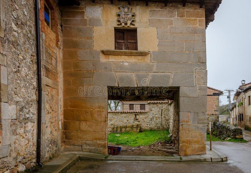 Architecture de la montagne de Palencia photos libres de droits