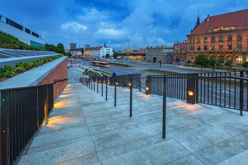 Architecture de la vieille ville à Danzig de mail de forum, Pologne photo stock