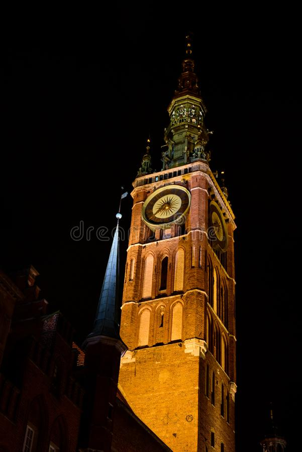 Architecture de la vieille ville de chemise de nuit à Danzig photographie stock