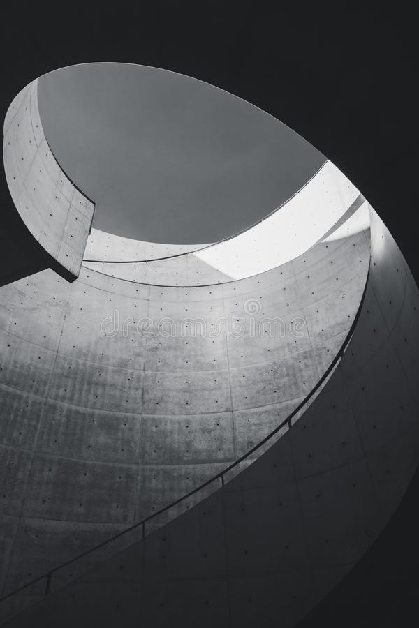 Free Architecture Details Cement Curve Modern Building Design Royalty Free Stock Photos - 130841168