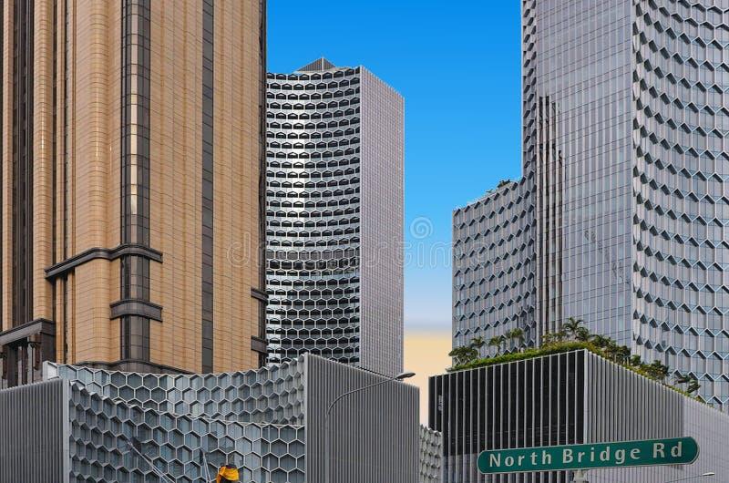 Architecture et scyscrapers abstraits modernes de Singapour avec le ciel bleu d'été images stock