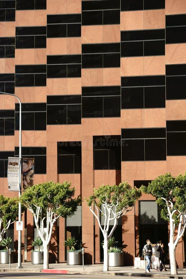 Architecture moderne sur le boulevard de Wilshire images stock