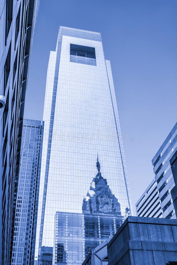 Free Architecture Of Philadelphia, Reflection Of The City Hall On A Building Stock Image - 37396711