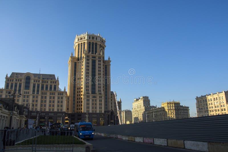 architecture urbaine près de station de Paveletsky l'année de place de Paveletskaya en 2003 photographie stock libre de droits