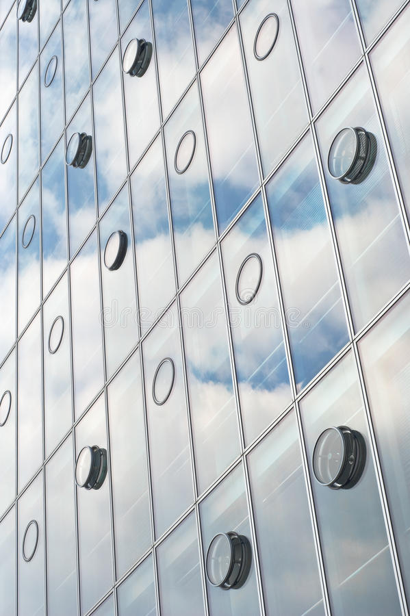 Free Architecture With Sky And Cloud Reflection Stock Images - 15365564
