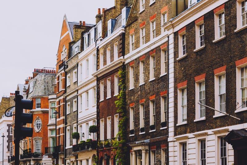 Architectuur in Mayfair in de stadscentrum van Londen stock fotografie