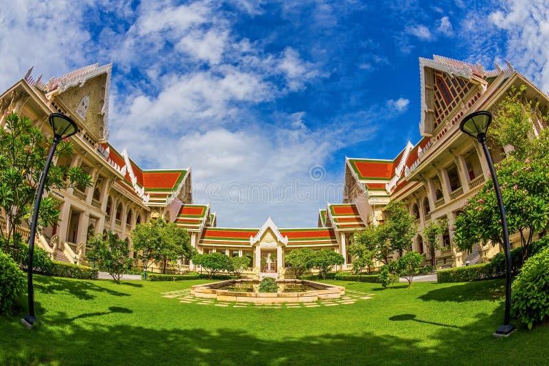 Architectuur op Chulalongkorn-Universiteit royalty-vrije stock foto's