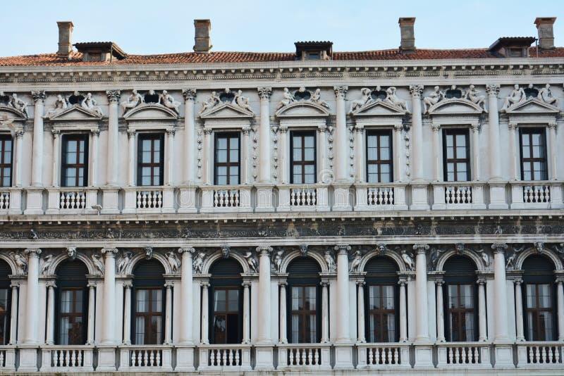 Architectuur in S Mark& x27; s Vierkant, Venetië, Italië stock afbeelding