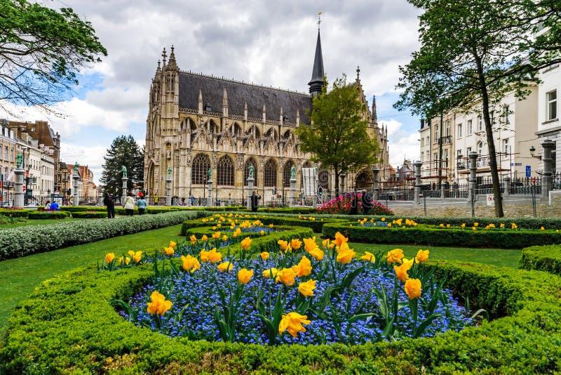 Architectuur van Brussel, historische gebouwen en straten stock foto