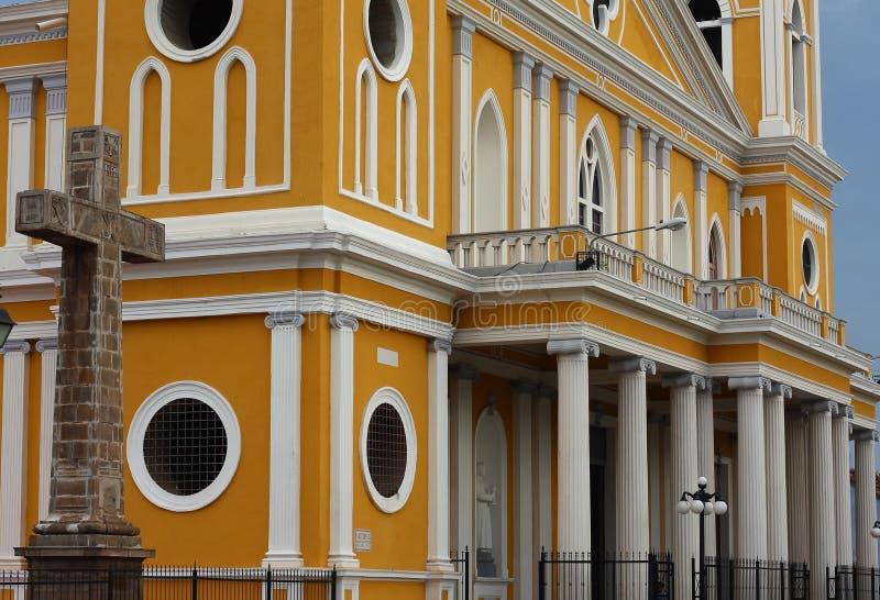 Architectuur van de kathedraal van Granada, Nicaragua stock fotografie
