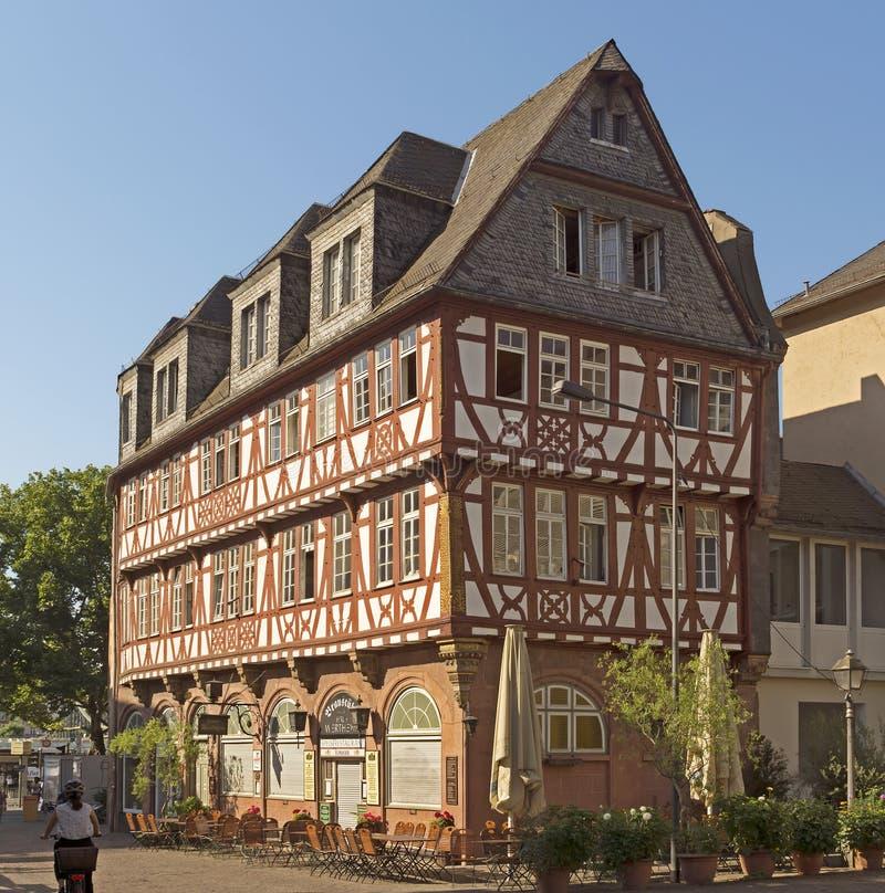 Architectuur van historische Roemer-plaats stock fotografie