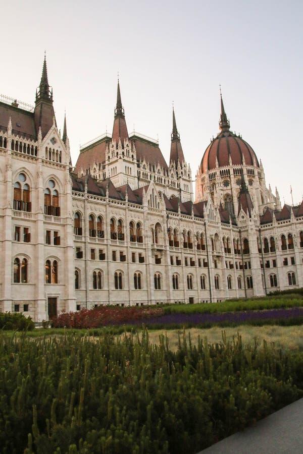 Architectuur van Hongaars Parlementsgebouw in Boedapest, koepel royalty-vrije stock foto's
