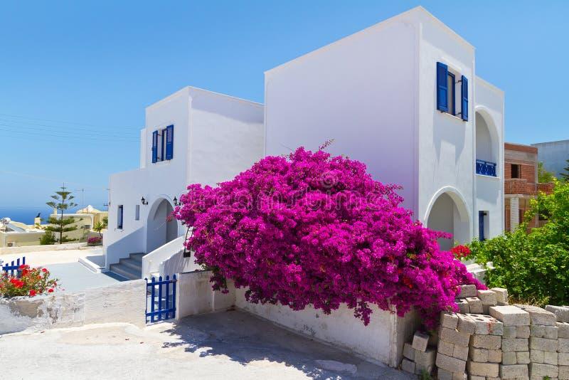 Architectuur van stad Fira op eiland Santorini royalty-vrije stock foto