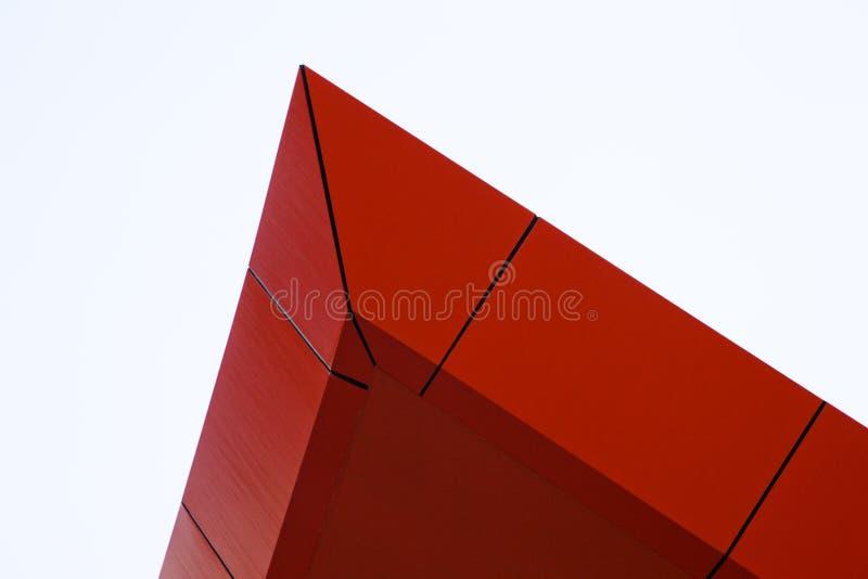 architecural красный цвет пика характеристики здания стоковая фотография rf
