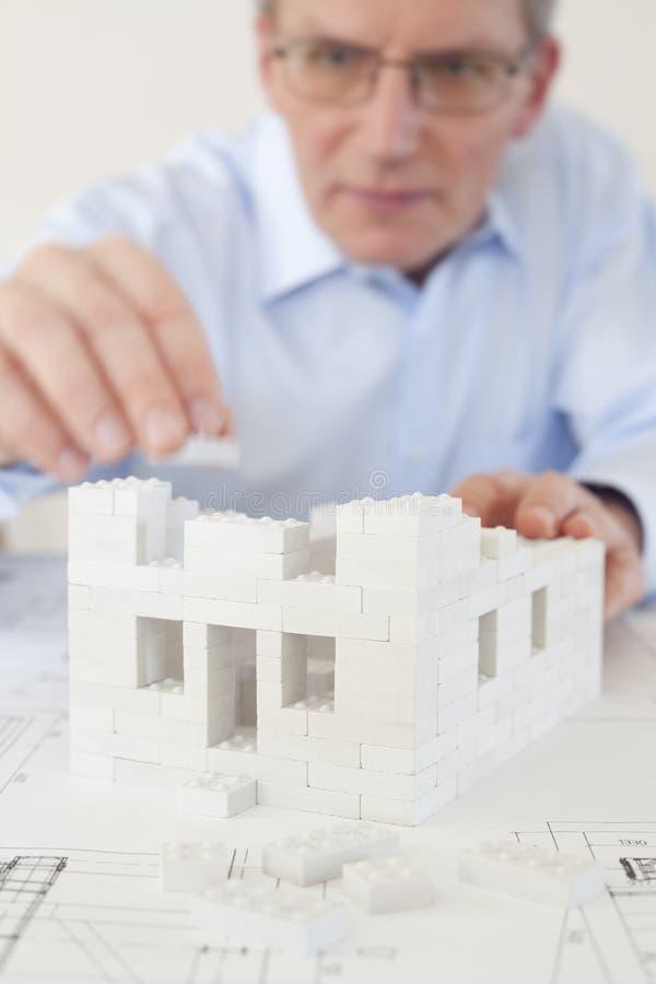 Architekt budujący budynek zdjęcie stock