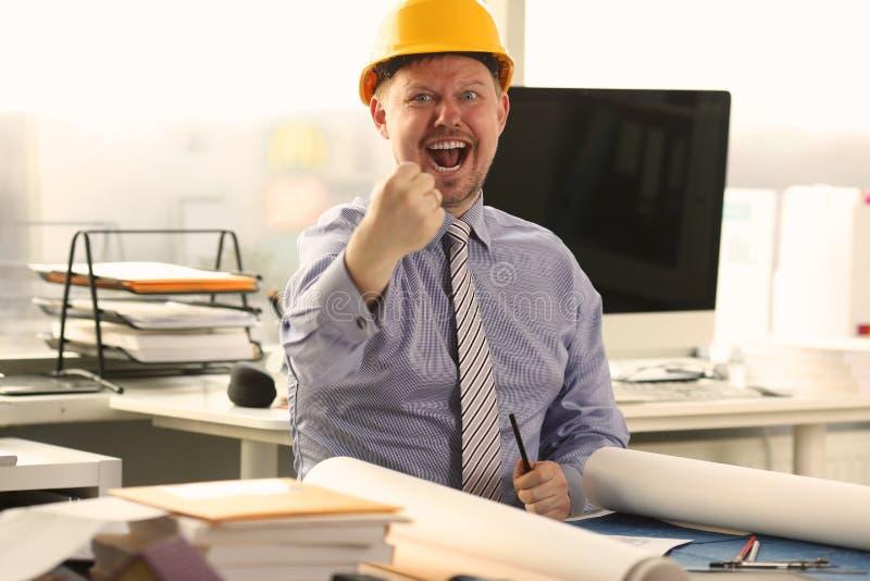 Architekt Pracuje na budynku projekcie przy biurem obraz royalty free