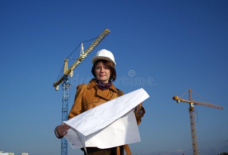 architekta projektów żurawi ładna kobieta obraz stock