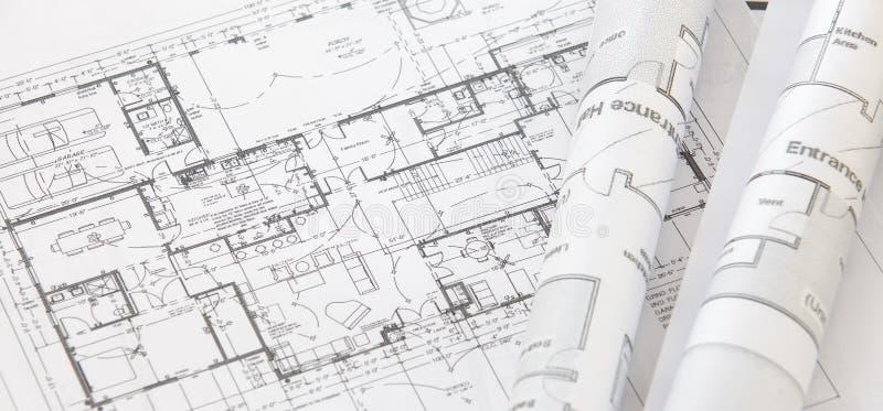 Architektenrollen und -pläne lizenzfreie stockbilder