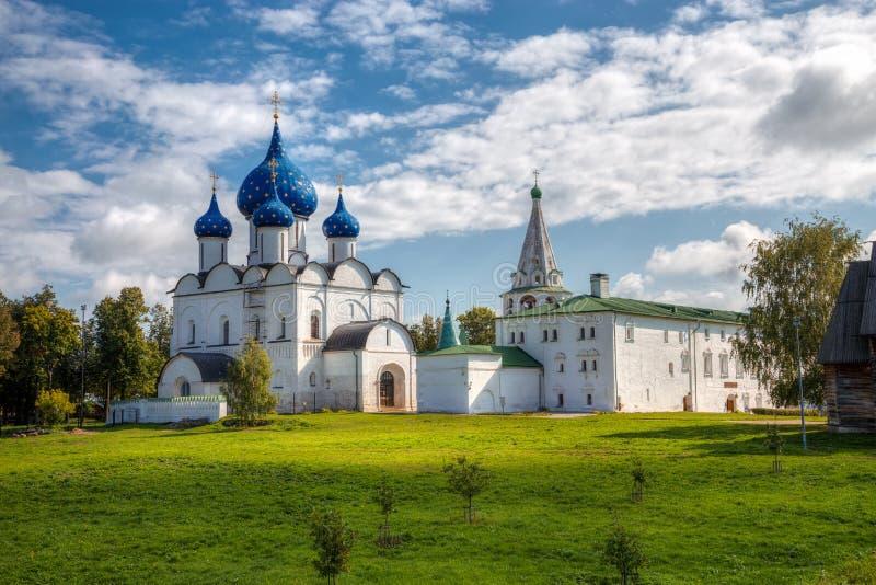 Architektoniczny i Muzealny kompleks Suzdalian Kremlin fotografia royalty free