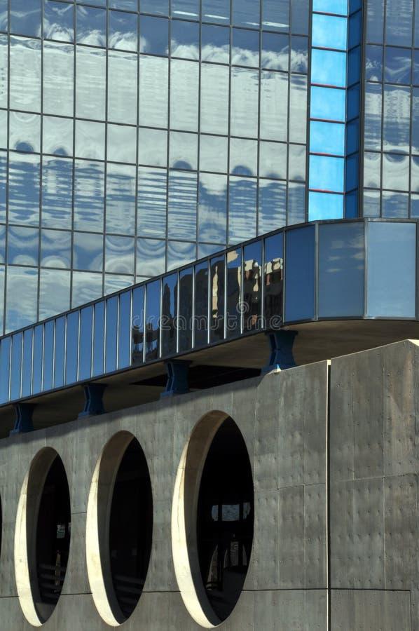 Architektoniczny szczegół miastowi drapacze chmur fotografia royalty free