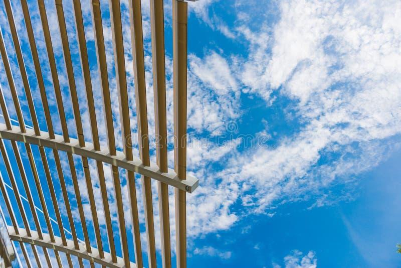 Architektoniczny szczegół od nowożytnego budynku zdjęcie royalty free