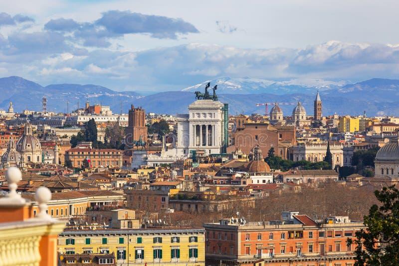 Architektur der alten Stadt in Rom, Italien lizenzfreies stockfoto