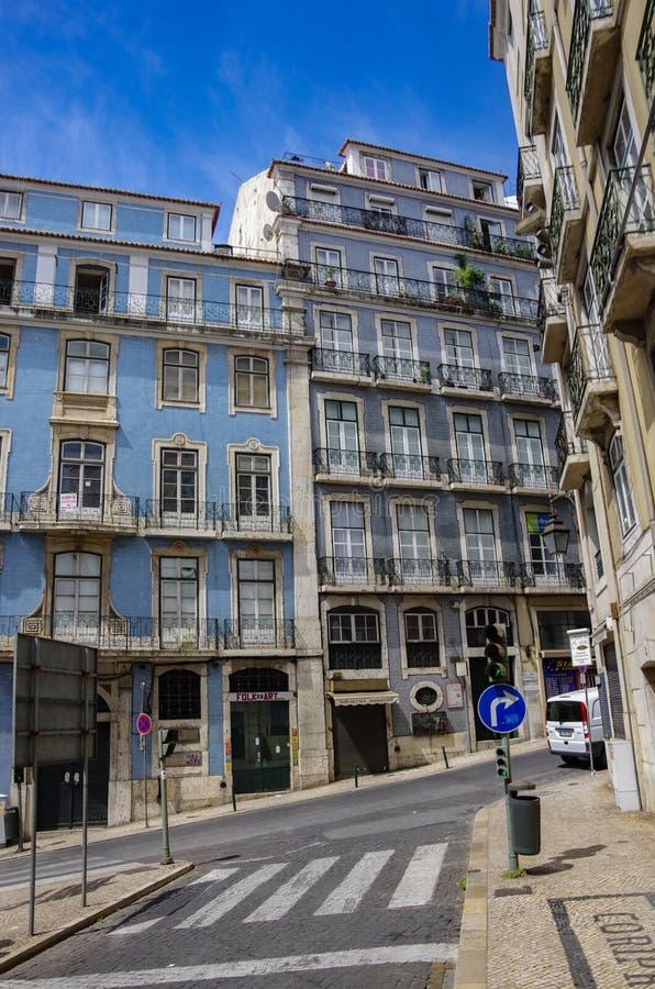 Architektur in der alten Stadt von Lissabon, Portugal lizenzfreie stockbilder
