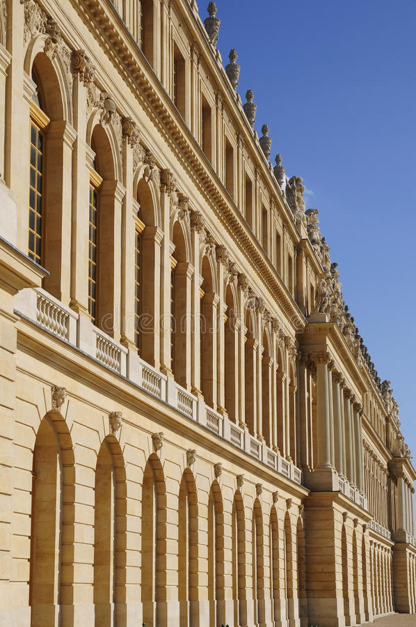 Architektur des klassischen Gebäudes lizenzfreie stockbilder