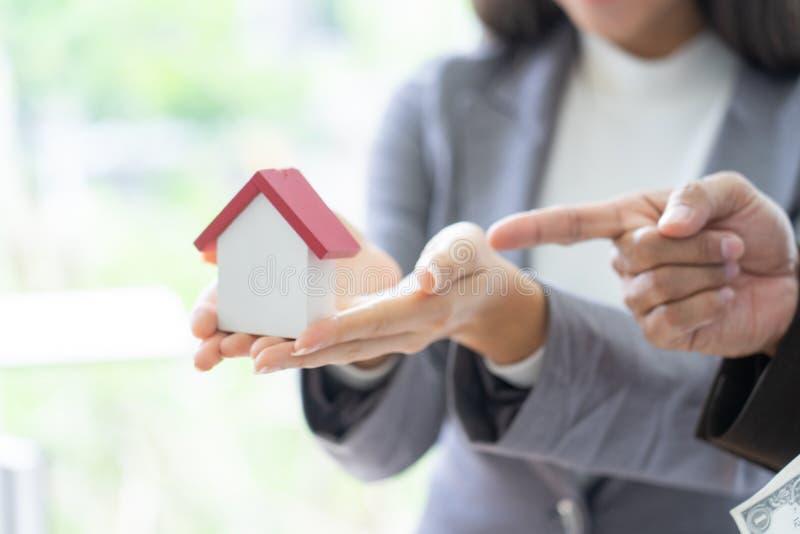 Architektur, Gebäude, Bau, Immobilien und Eigentum c lizenzfreies stockfoto