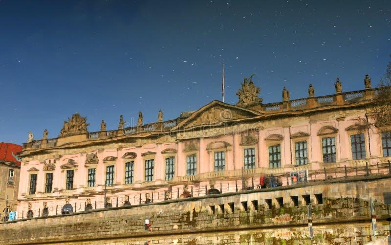Architektur odbicia obrazy royalty free