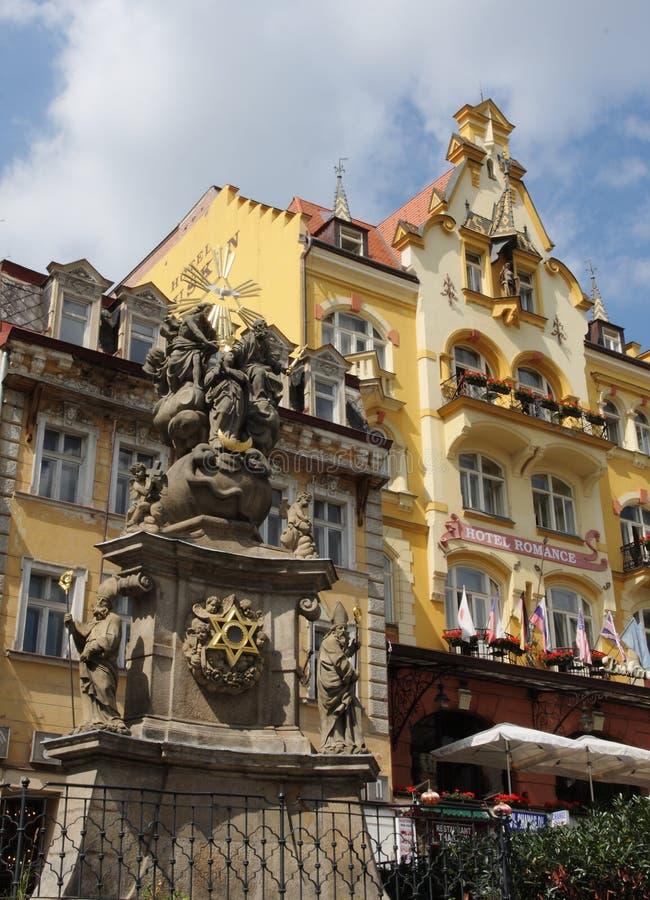 Download Architektur und Denkmal redaktionelles stockfoto. Bild von struktur - 27730633
