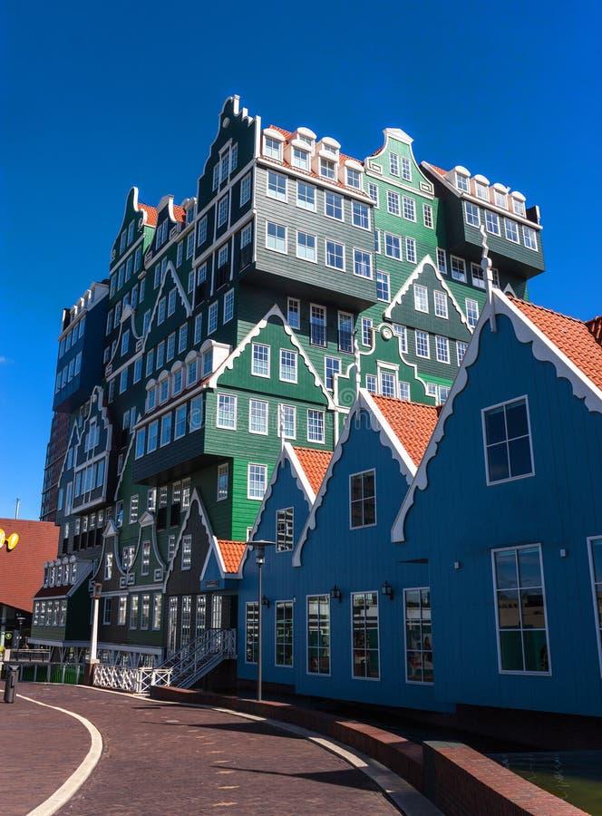 Architektur in Zaandam lizenzfreie stockfotos