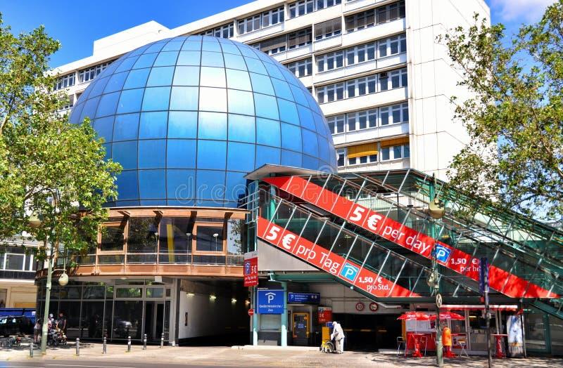 Download Architektura Berlin obraz stock editorial. Obraz złożonej z wysoki - 57660239