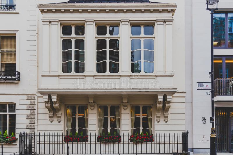 Architektura w Mayfair w Londyńskim centrum miasta zdjęcia stock