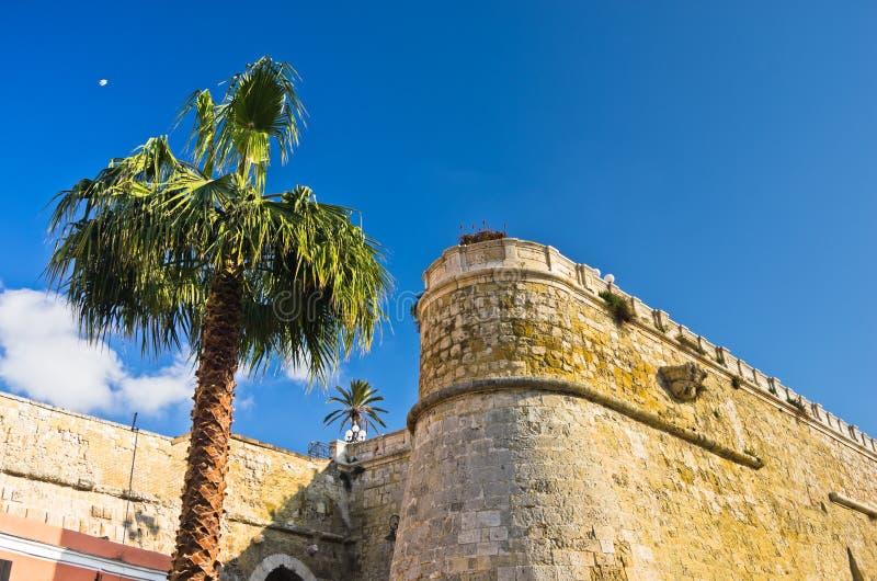 Architekturdetails der alten Festung Bastione San Remy, in Cagliari, Sardinien stockbilder