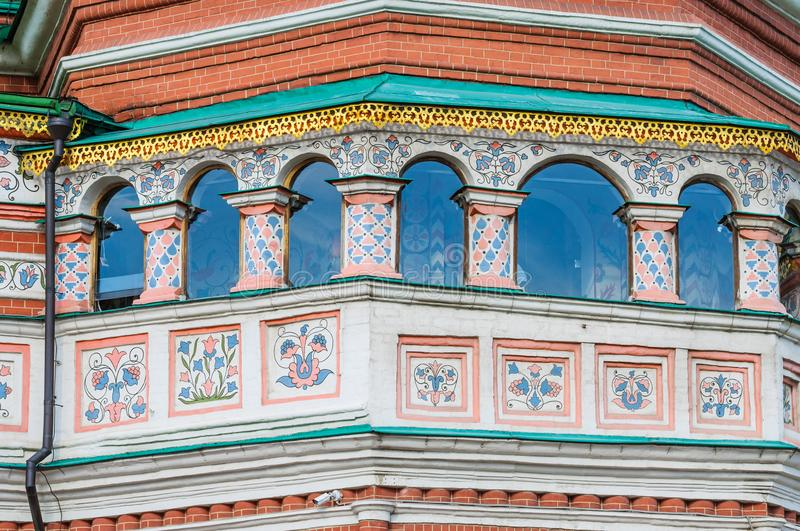 Architekturdetails von St.-Basilikum ` s Pokrovsky Kathedrale in Moskau stockfotografie