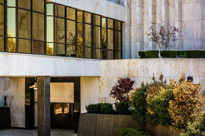 Architekturdetails am Washington DC-mormonischen Tempel in Kens lizenzfreie stockfotografie
