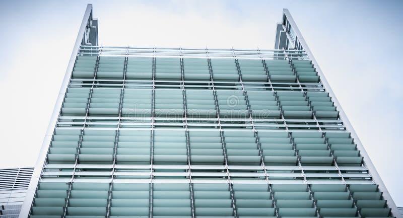 Architektursonderkommando der Hauptsitze Rocher-Gruppe s in Paris lizenzfreie stockfotografie