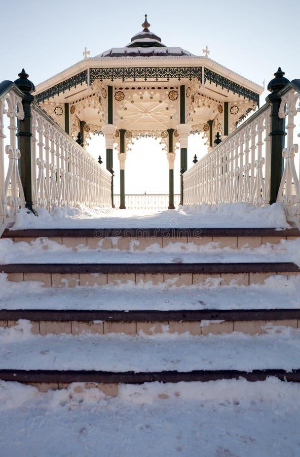 architektury bandstand Brighton śnieżna zima zdjęcie royalty free