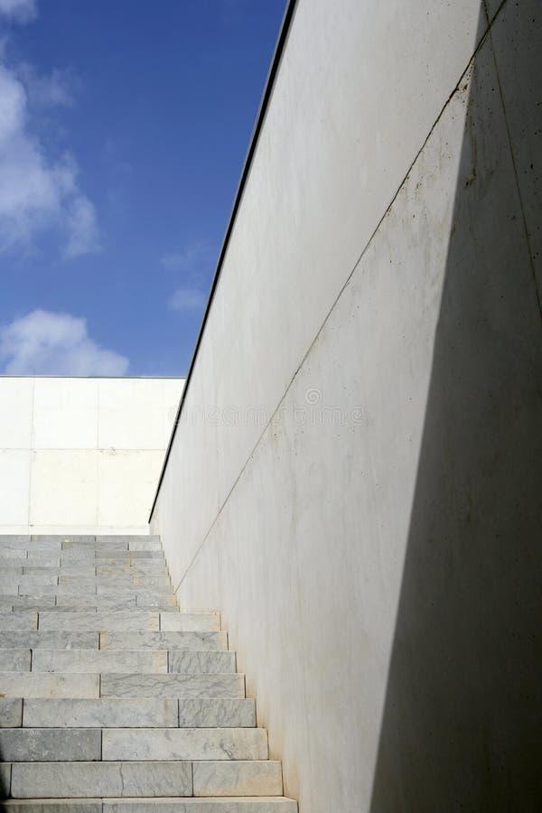 architektury betonowy moder schodków schody zdjęcia stock